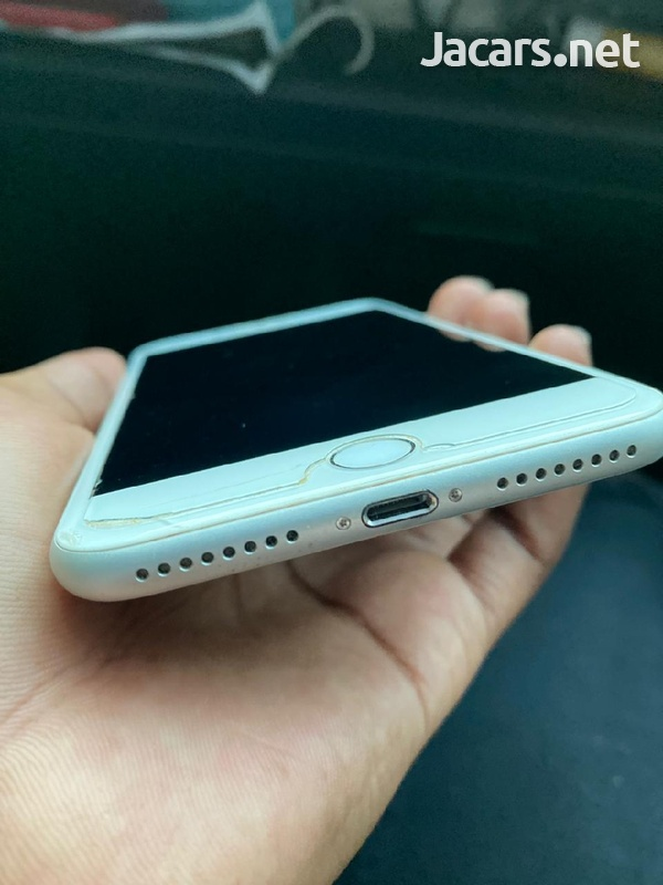 iphone 8 +-1