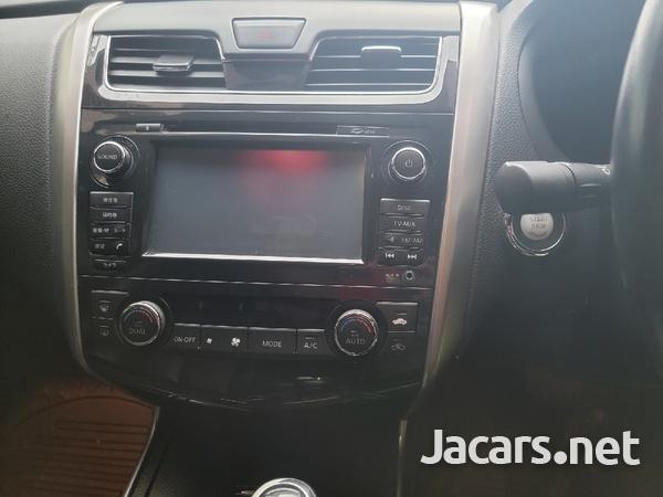 Nissan Teana 2,5L 2015-7