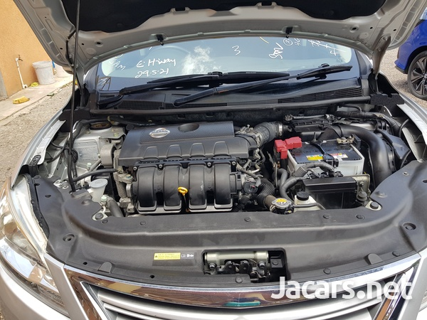 Nissan Sylphy 1,8L 2015-12