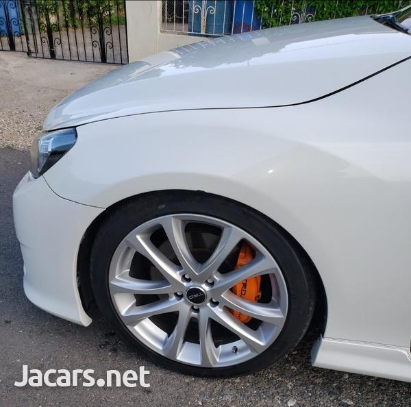 Toyota Mark X 3,5L 2011-4