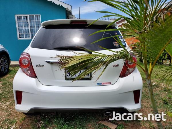 Toyota Vitz 1,5L 2013-7
