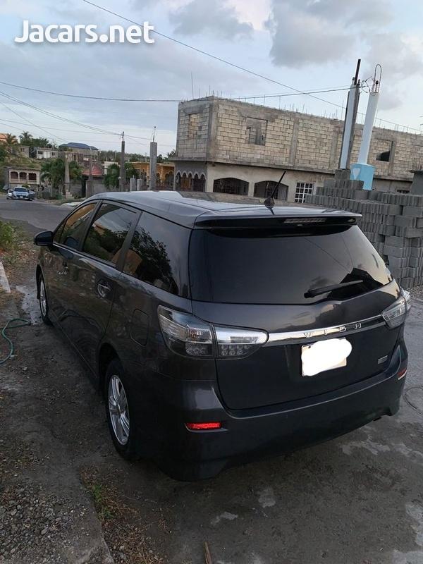 Toyota Wish 2,0L 2014-2