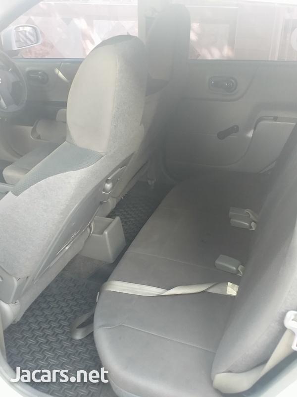 Nissan AD Wagon 1,6L 2013-14