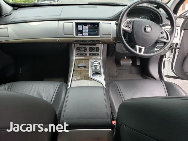 Jaguar XF 2,0L 2015-7