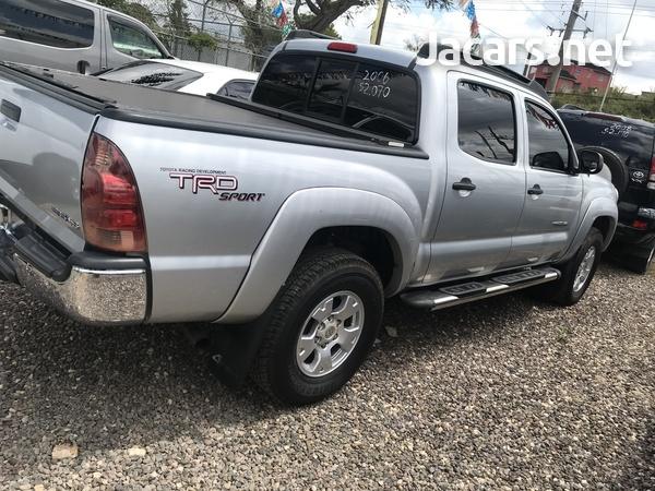 Toyota Tacoma 2,5L 2006-1