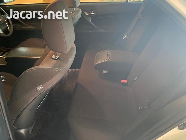 Toyota Mark X 2,5L 2015-8