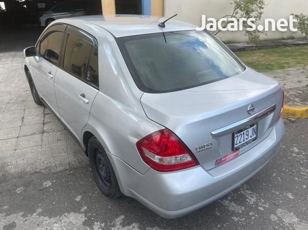 Nissan Tiida 1,5L 2011-5