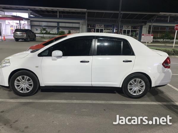 Nissan Tiida 1,5L 2010-6