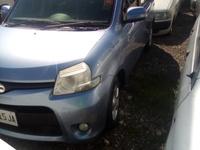 Toyota Sienta 1,8L 2012