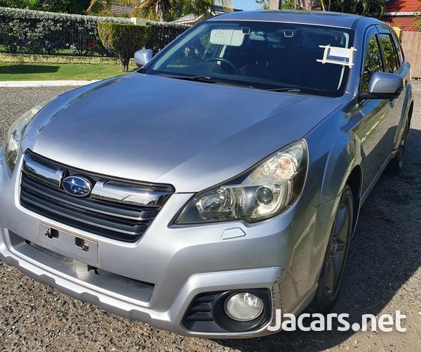 Subaru Outback 2,5L 2013-4