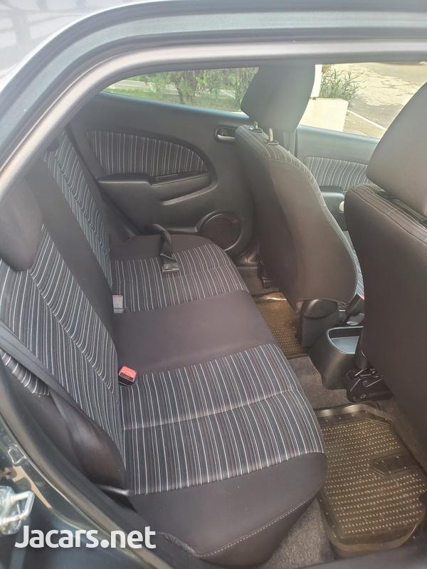 Mazda Demio 1,3L 2011-5