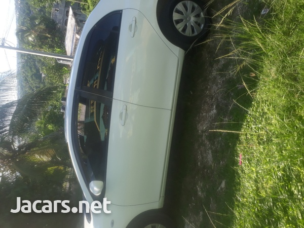 Toyota Axio 1,5L 2009-10