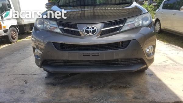 Toyota RAV4 2,5L 2013-9