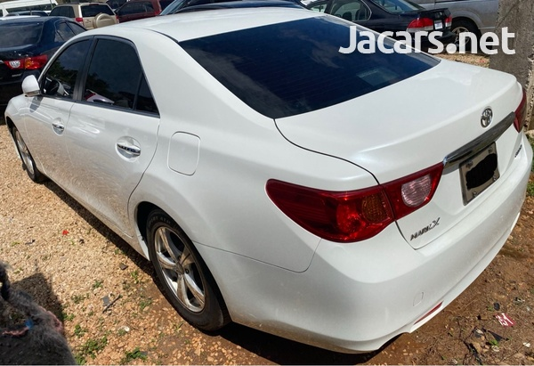 Toyota Mark X 2,5L 2010-4