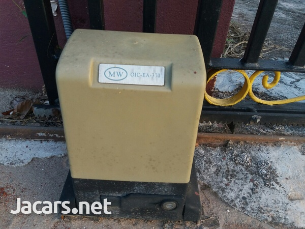 Automatic Gate Openers-4