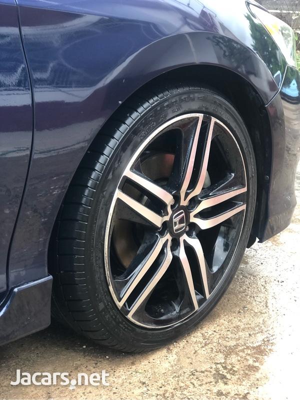 Honda Accord 2,4L 2017-12