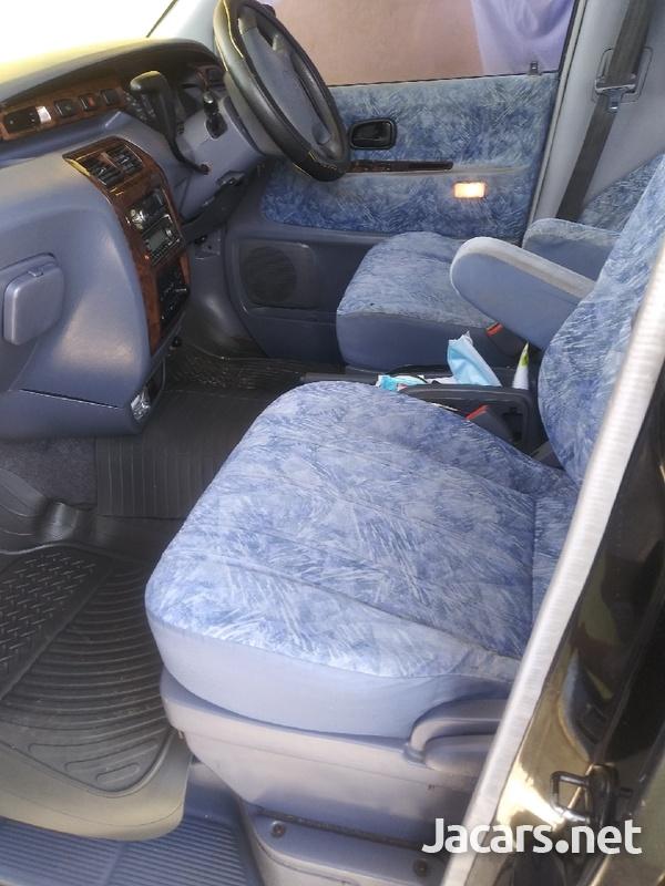 Toyota Noah 2,0L 1998-6