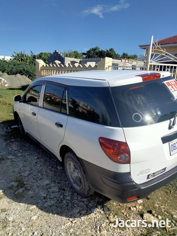 Nissan AD Wagon 1,6L 2014-5