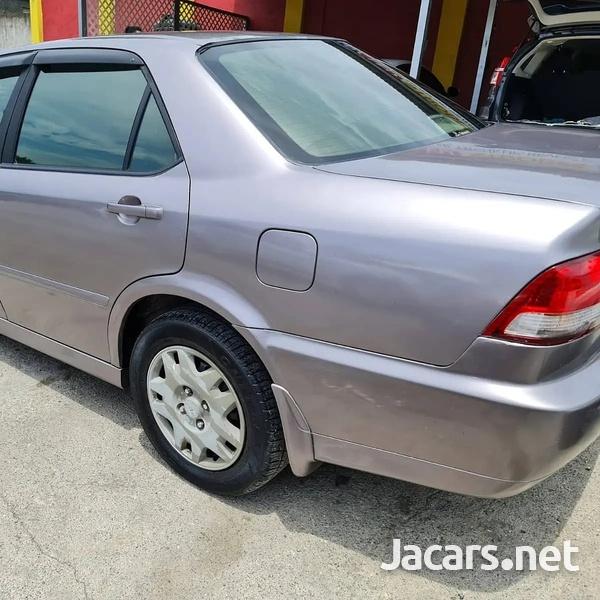 Honda Accord 2,0L 2001-5