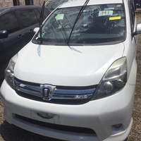 Toyota Isis 1,7L 2012