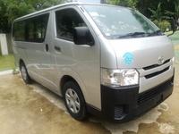 Toyota Hiace Bus 2014
