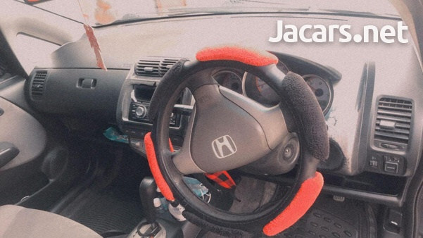 Honda Fit 1,3L 2006-4