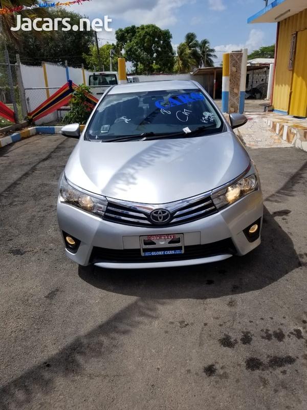 Toyota Corolla Altis 2,0L 2015-1