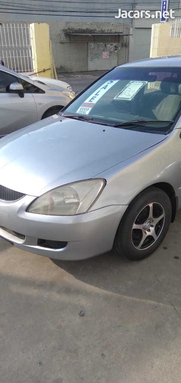 Mitsubishi Lancer 2,0L 2005-3