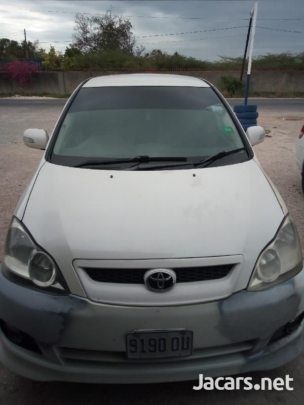 Toyota Ipsum 1,8L 2005-3