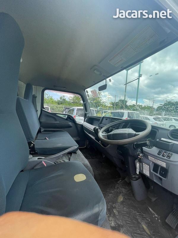 2012 Mitsubishi Canter Truck-4