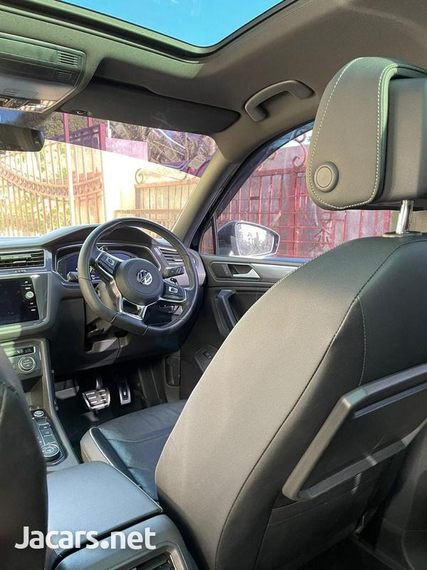 Volkswagen Tiguan 2,0L 2020-6