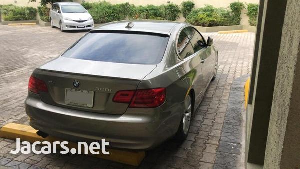 BMW 3-Series 2,6L 2011-5