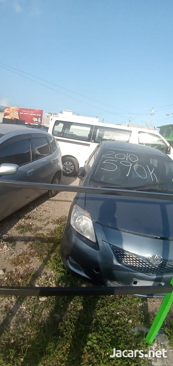 Toyota Yaris 1,6L 2010-1