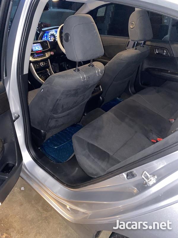 Honda Accord 2,4L 2014-10