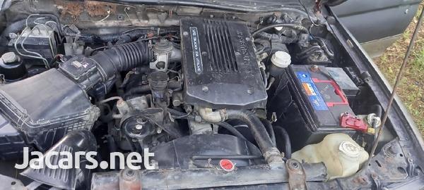 Mitsubishi Montero Sport 3,0L 1998-6