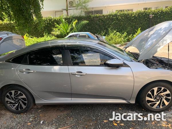 Honda Civic 1,6L 2017-3