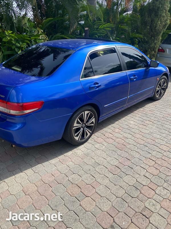 Honda Accord 2,0L 2003-5