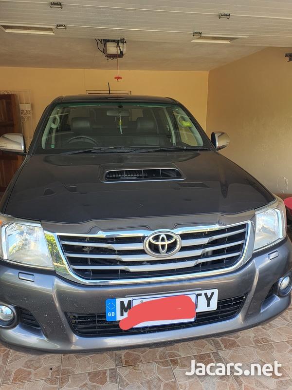 Toyota Hilux 3,0L 2015-7