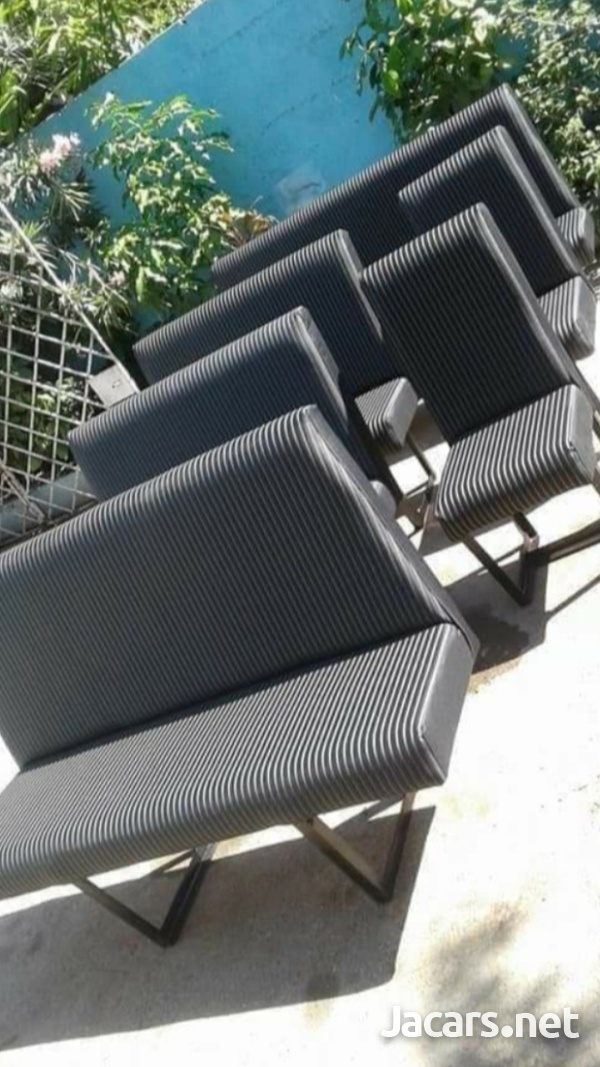 We make and install bus seats for hiace and caravan-3