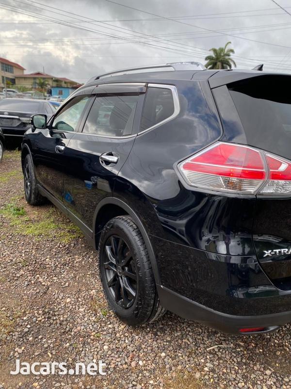 Nissan X-Trail 2,0L 2014-6
