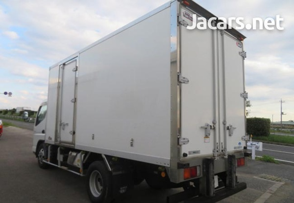 2009 Mitsubishi Canter Freezer 4,9L Truck-3