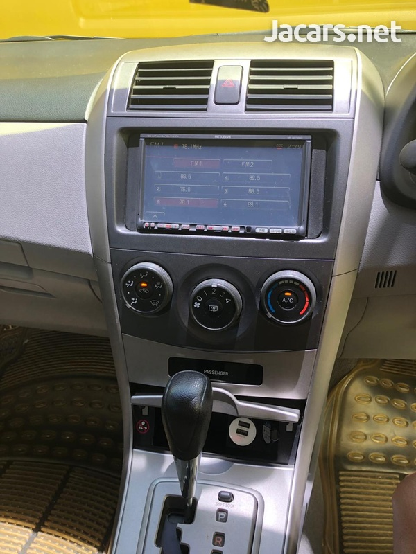 Toyota Axio 1,5L 2010-4