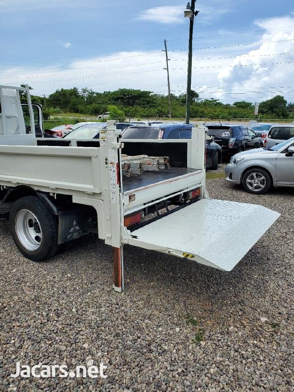 2013 Mitsubishi Canter Lift Truck-10