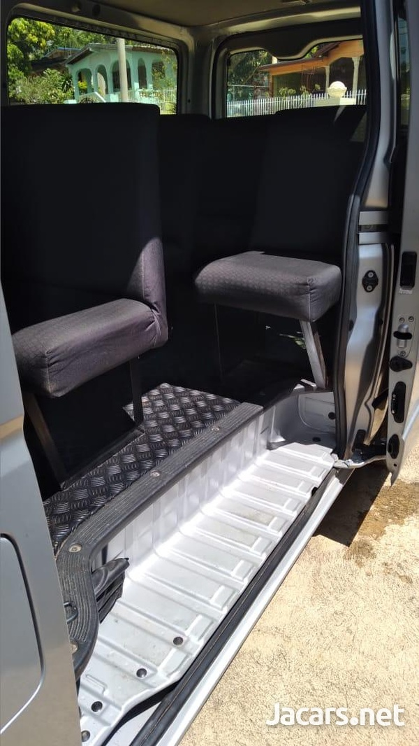 2014 Grey Toyota Hiace Minibus-6