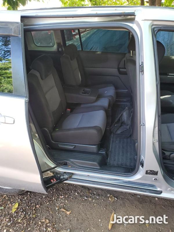 Mazda Premacy 2,0L 2006-6
