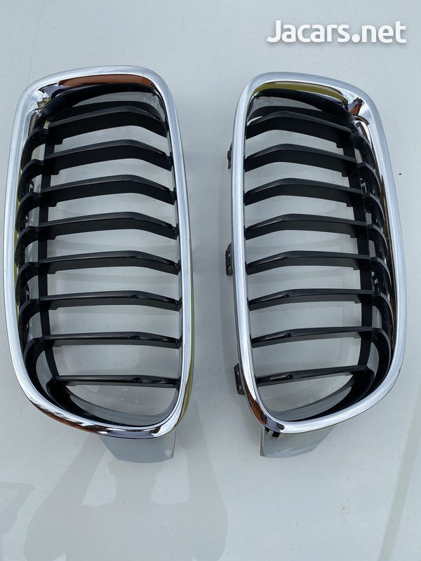 BMW f30 front grill ... like brand new 3 series-3