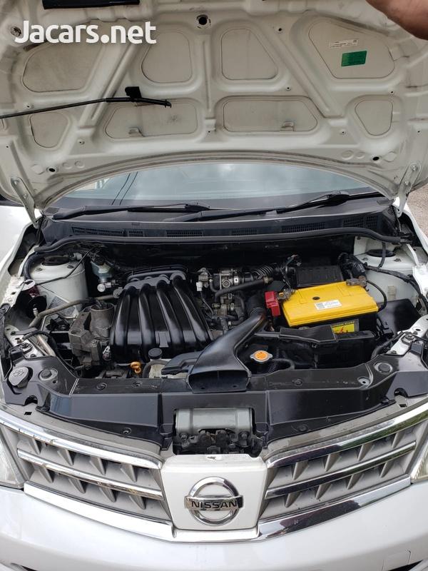 Nissan Tiida 1,8L 2010-5