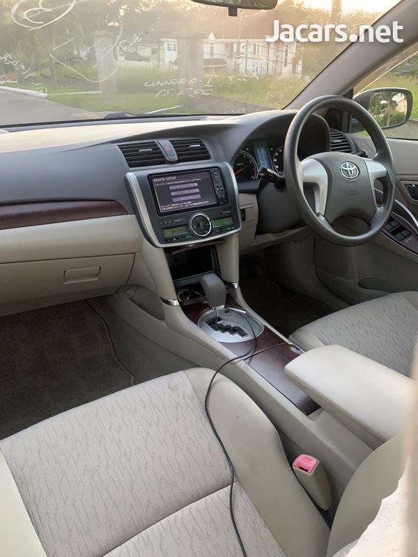 Toyota Allion 1,5L 2012-8