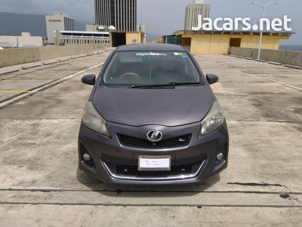 Toyota Vitz 1,5L 2011-1