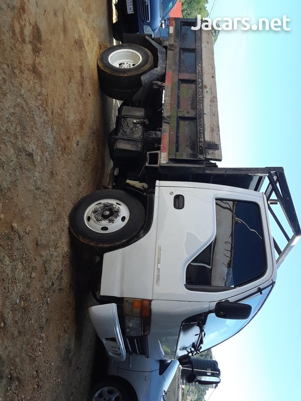Working tipper truck-1
